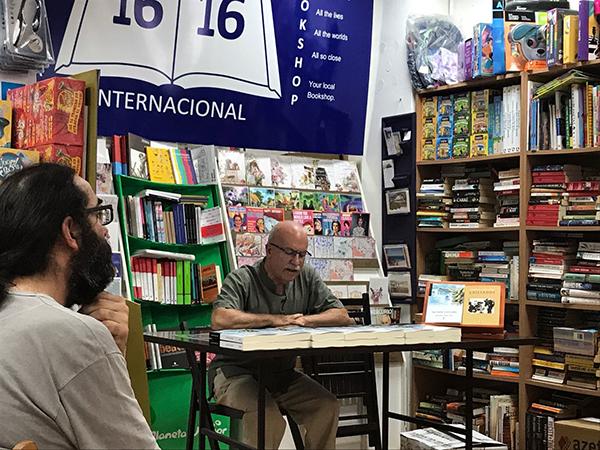 La Isla Cerrada - Antonio Cobos - 1616 Books 01