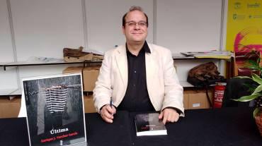 'Última' en la Feria del Libro de Granada