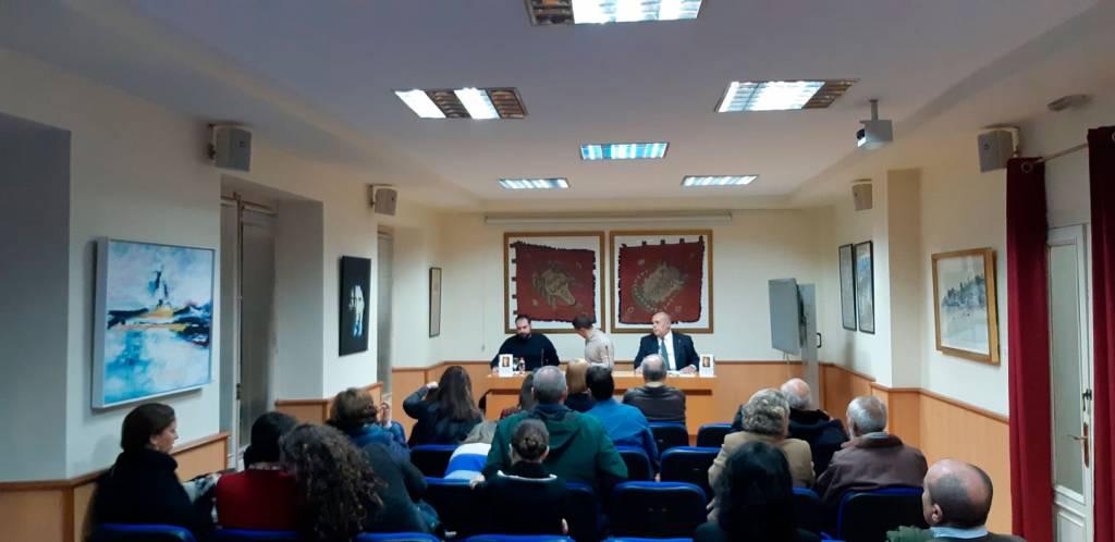 Sit tibi terra levis III: De aurorae diebus - Lorenzo Algar Molinos - Granada 02